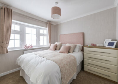 Omar Middleton Park Home Master Bedroom1